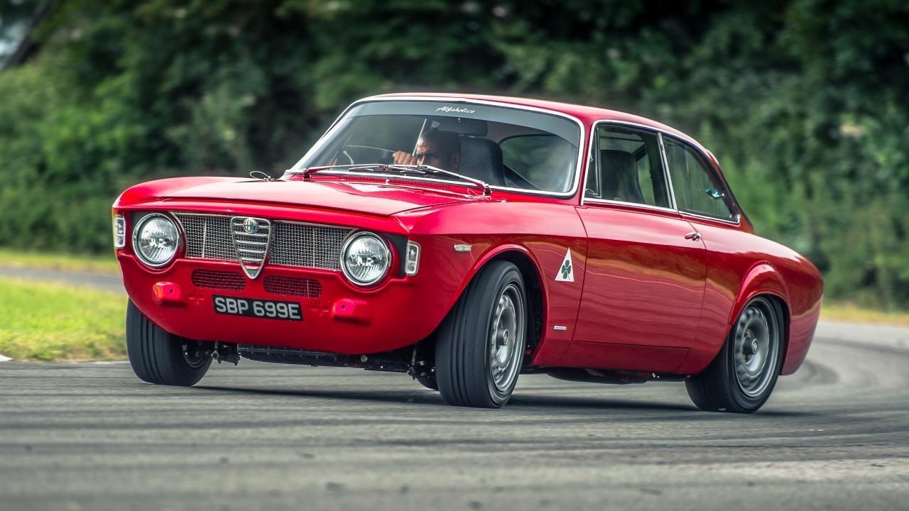 Alfa-GTA-R.jpg#asset:2059