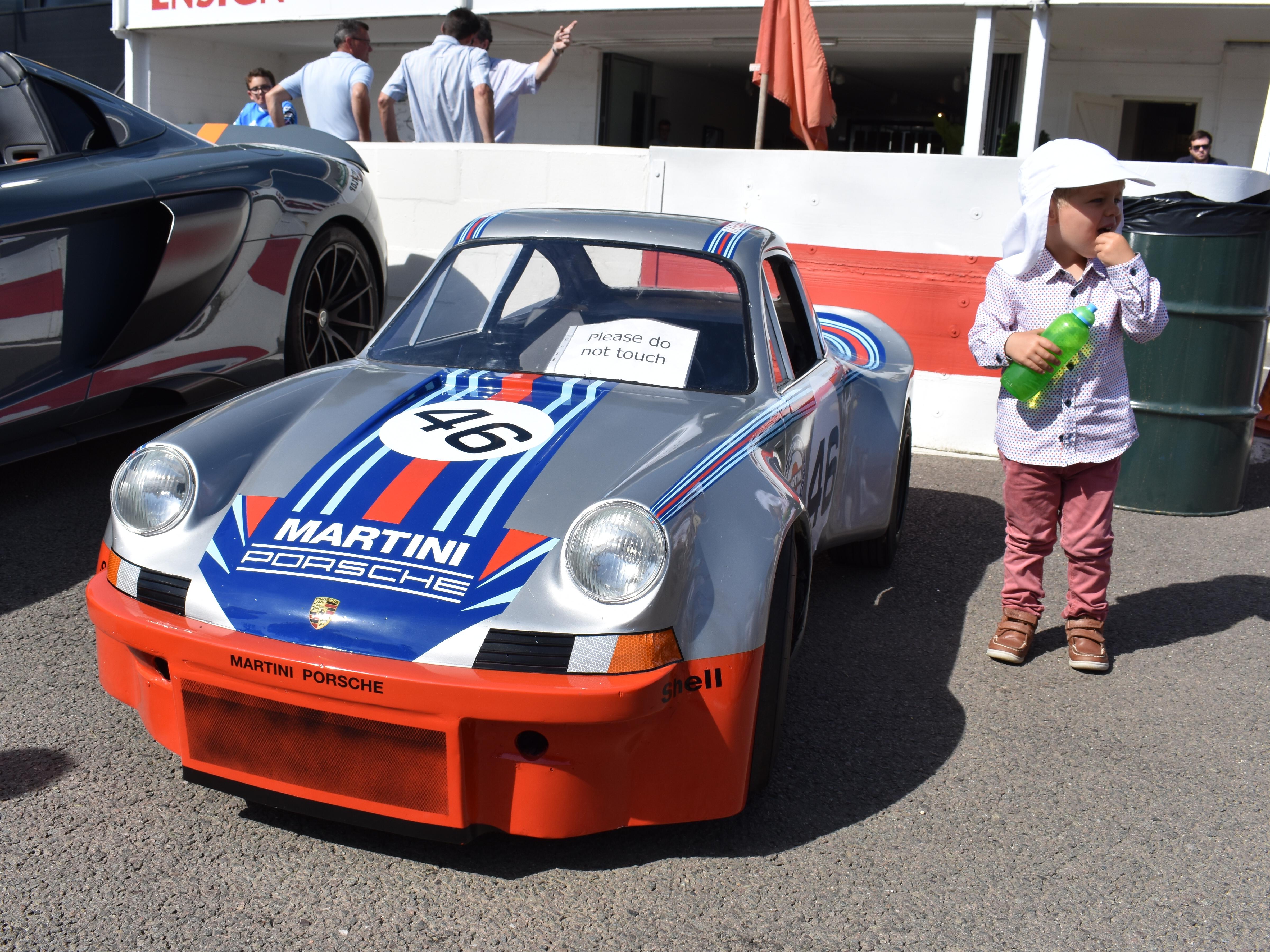 Kids-go-kart-Porsche.JPG#asset:3049